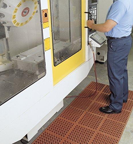 SuperMats Grease and Oil Resistant Ergonomic Interlocking Mat